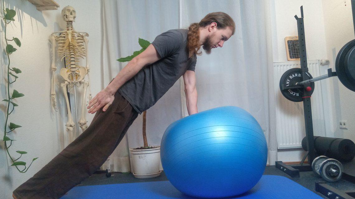 Schulterstabilisierung mit dem Gymnastikball
